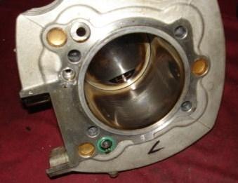 Brommer cilinder honen